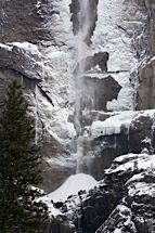 Delicate-Winter-Falls.jpg